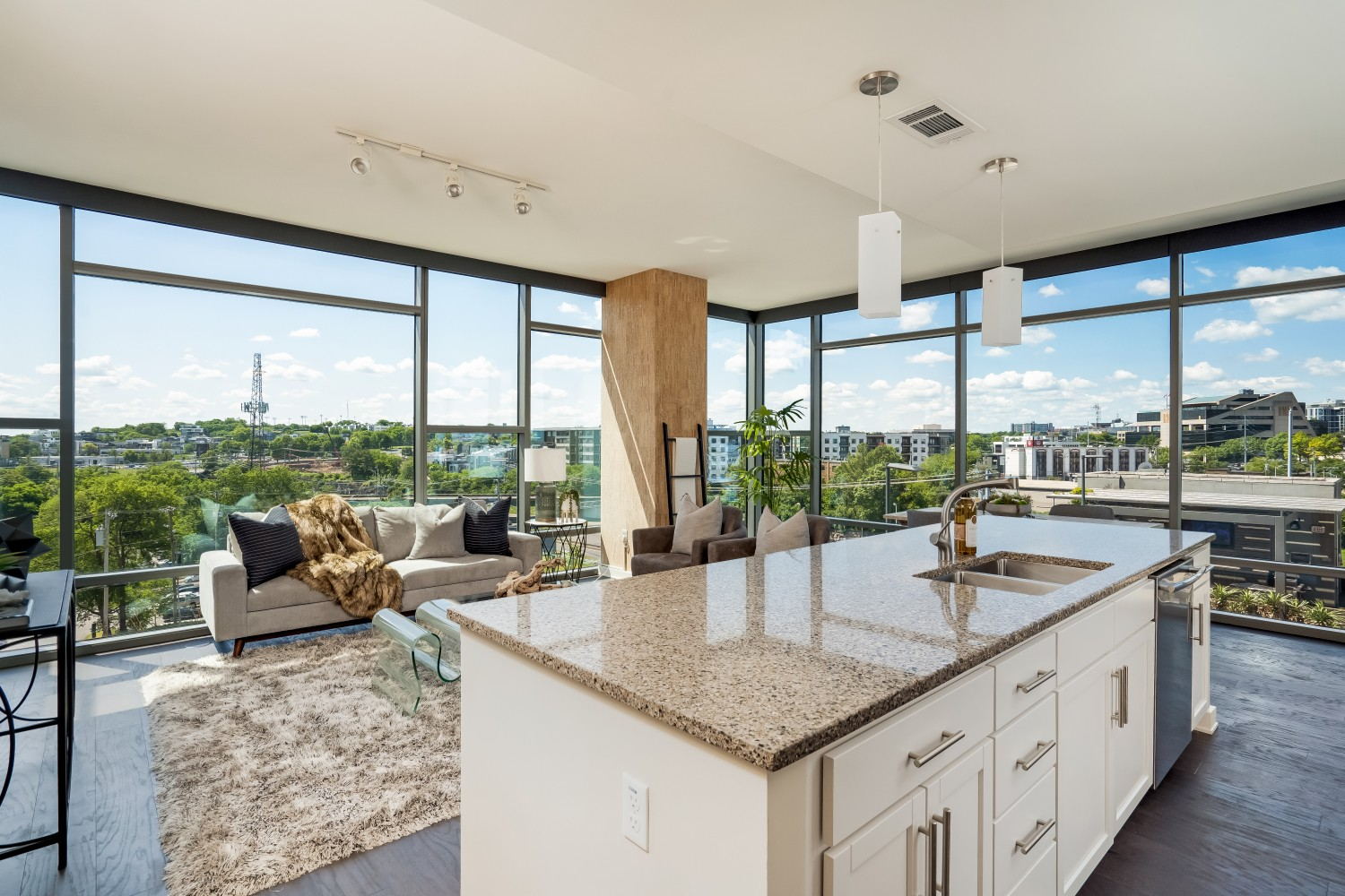 A must see! Panoramic Gulch & Midtown views! 2BD|2BA corner unit. Open layout living room & kitchen with huge center island, quartz counters, & stainless steel appliances! 12|12 features 2 guest suites, salt-water pool, hot tub, green roof, trainer driven fitness center, dog park, & 2 owner lounges.