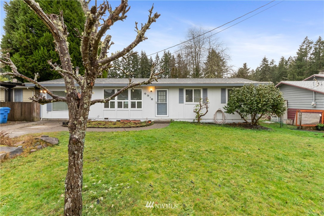 Nice, clean Steilacoom home with a large back yard.  Updating includes a large master bath and gas furnace.  The covered patio will provide year round enjoyment too!  This home really shines and is a perfect starter home.