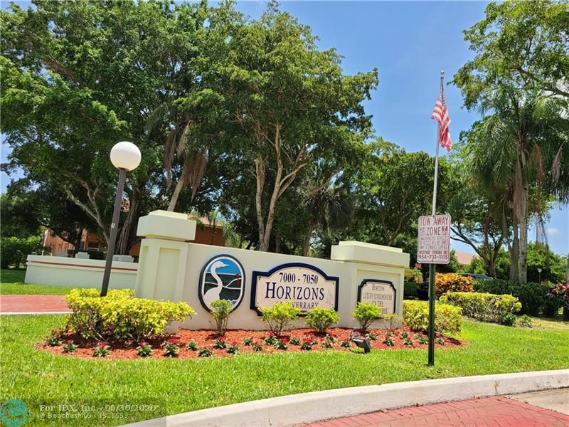 Looking for a piece of Paradise in Florida?? Here it is!! Spacious 2 bedrooms, 2 baths condo. This unit has a lot to offer!! Extremely well maintained. Updated kitchen wood custom cabinets with pantry. FULLY FURNISHED. Washer & dryer. Spacious master bedroom overlooking the pool area &  Golf view. Offers a spacious master bathroom, with double sink, large tub and walk-in tiled shower. This unit offers a bonus room for extra sleeping space for your guess. Enjoy a romantic dinner or entertains family &  friends on your spacious screened-in patio overlooking the relaxing pool area, & stunning Golf & water view!! Extremely well maintained building, heated pool, exercise room, Enjoy the Horizon of Inverrary gated community Conveniently located minutes to shopping & restaurants. All age welcome!