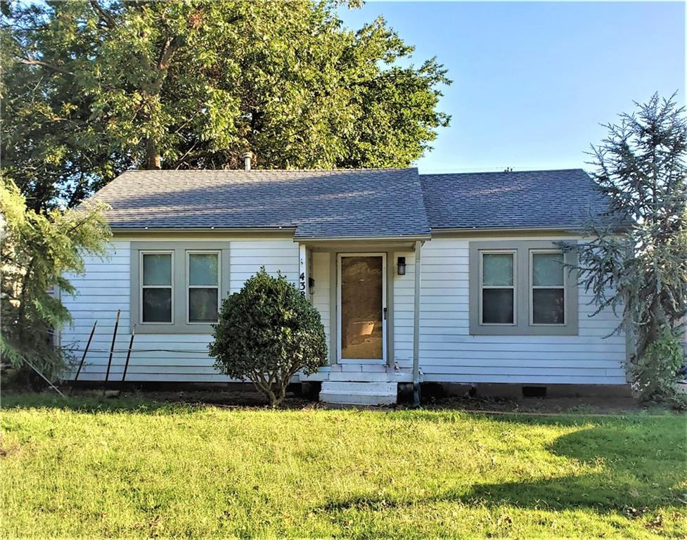 Very cute home with 2 large bedrooms. Beautiful wood floors, some updating including newer appliances, painted trim and cabinets, and new counter top. Great location with excellent schools. Out back there is an oversized 1 car garage, and an additional storage shed. Will not last at this price
