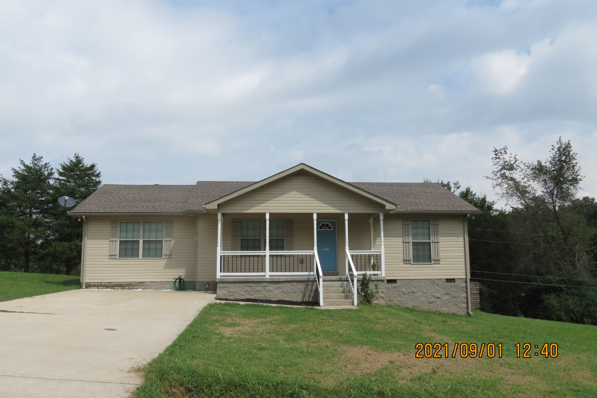 258 Roby Dr, Erin, TN 37061