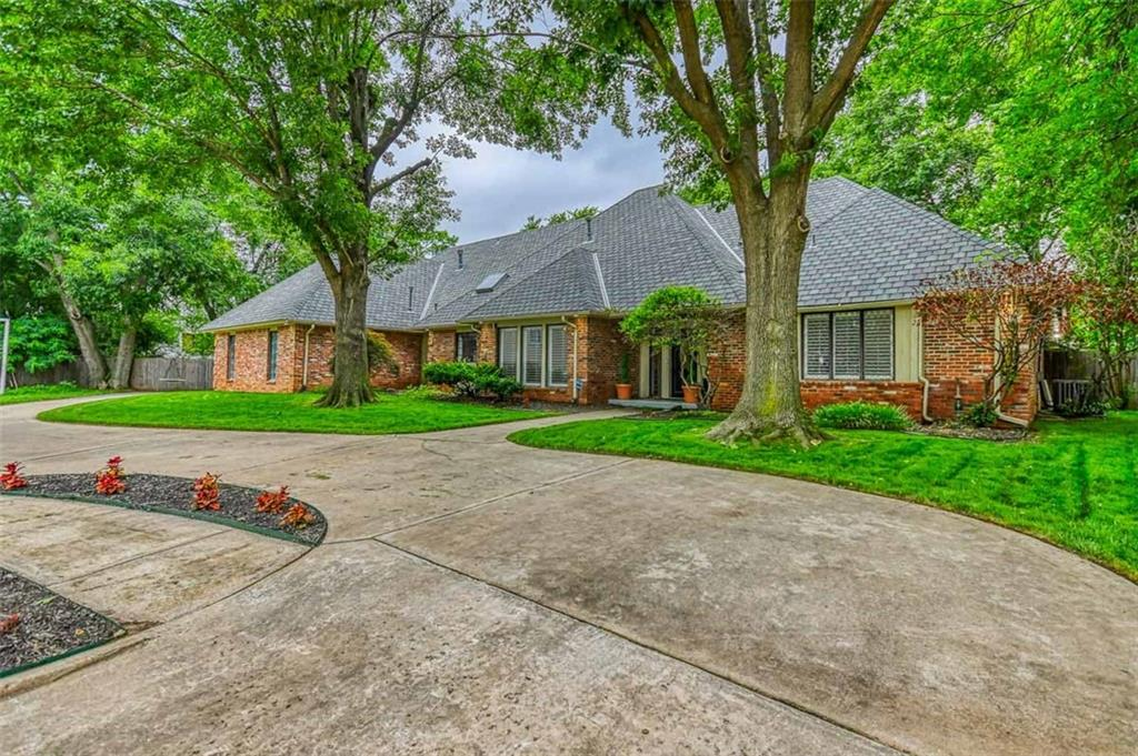 Located in the Castlewood addition and highly sought after McKinley Elementary School district, this newly renovated home is just a short walk to the OU campus.  It sits on a quiet cul-de-sac with an oversized lot just waiting for someone to add a pool.  This home is perfect for entertaining large crowds with two large living spaces, one equipped with a wet bar, a large formal dining area, recently renovated kitchen with walk in pantry, updated appliances and granite countertops, and a nice back patio.  It is a split plan with the master bedroom downstairs with its vaulted ceilings, two walk in closets and beautifully remodeled bathroom including new shower, tub, flooring and so much more.  The three oversized secondary bedrooms are upstairs as well as two full bathrooms.  Don't miss out on all this amazing home has to offer!