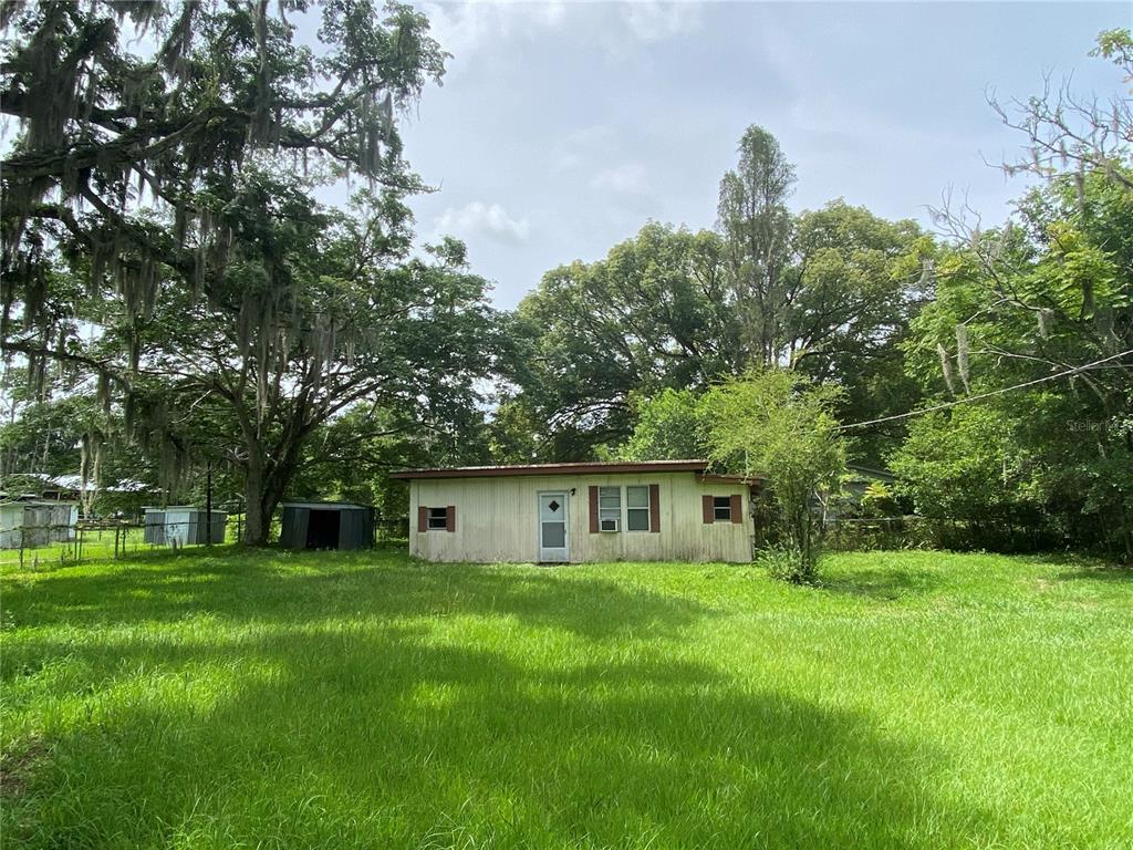 Single family home on 1/4 acres. The home has a metal roof, the property is on septic and well and is completely fenced with a gate. Home has a newer mini-split AC and the bathroom has been recently updated. The property is close to I-4 with easy access to Tampa/Lakeland/Orlando. There is no HOA or flood zone.