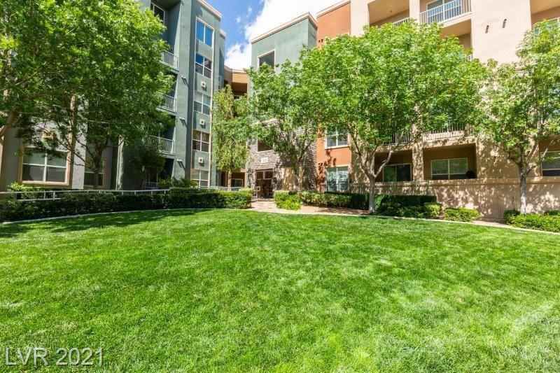 THIS GUARD GATED MANHATTAN CONDO IS CENTRALLY LOCATED DIRECTLY OFF LAS VEGAS BLVD****TWO BEDROOMS TWO BATHROOMS*GRANITE COUNTERS*BALCONY*AMENITIES INCLUDE TWO GYMS* BUSINESS CENTER* POOL* SPA*