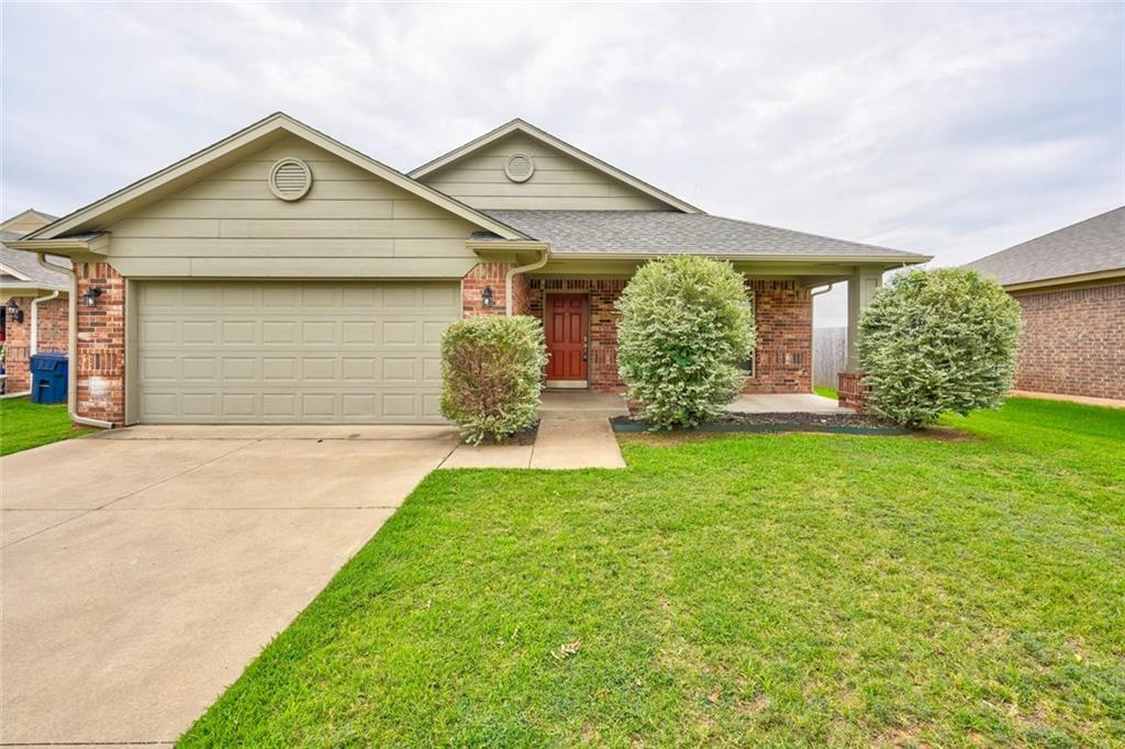 Brand new roof, huge backyard, new flooring and in Mustang schools.  Large splash pad and playground access. This is a great opportunity to purchase in a growing neighborhood.