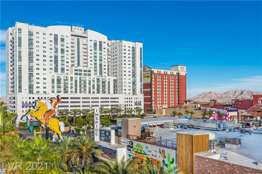 Huge 3BD/2.5BA w/ study, 2 balcony's, STRIP views towering above the city! Large master w/ walkin, 2nd & 3rd beds w/ Jack-n-Jill bath. Open kitchen/Dining/Living, SS appliances & granite. Plenty of storage. Contemporary finishes. The most talked & written about condo high-rise in LV. Located downtown Las Vegas - Amenities include 24/7 Concierge Services, Fitness Center, Rooftop Pool/Spa, Sky Deck, Pet Park, & much more.