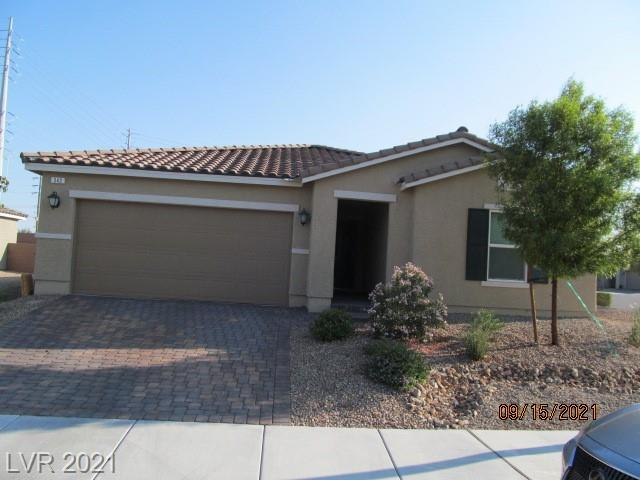 *SINGLE STORY HOME ON LARGE CORNER LOT*BUILT IN 2019*GREAT INVESTMENT OPPORTUNITY OR STARTER HOME*PAVERED DRIVEWAY WITH A 2 CAR GARAGE AND LOW MAINTENANCE LANDSCAPING*18 IN TILE FLOORING*THE KITCHEN HAS A LARGE ISLAND, QUARTZ COUNTERTOPS, STAINLESS STEEL APPLIANCES, AND A SUNNY GARDEN WINDOW*SPACIOUS LIVING ROOM AREA*MASTER SUTIE HAS A WALK IN CLOSET, QUARTZ DOUBLE SINKS & A CEILING FAN*DEN COULD BE TURNED INTO A 4TH BEDROOM OR AN OFFICE*THIS WON'T LAST LONG!