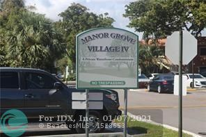 * PRICE TO SELL *   Great opportunity in the heart of Wilton Manors,  Manor Grove Phase IV condo for sale ready for your personal touch  and make it your home or investment 