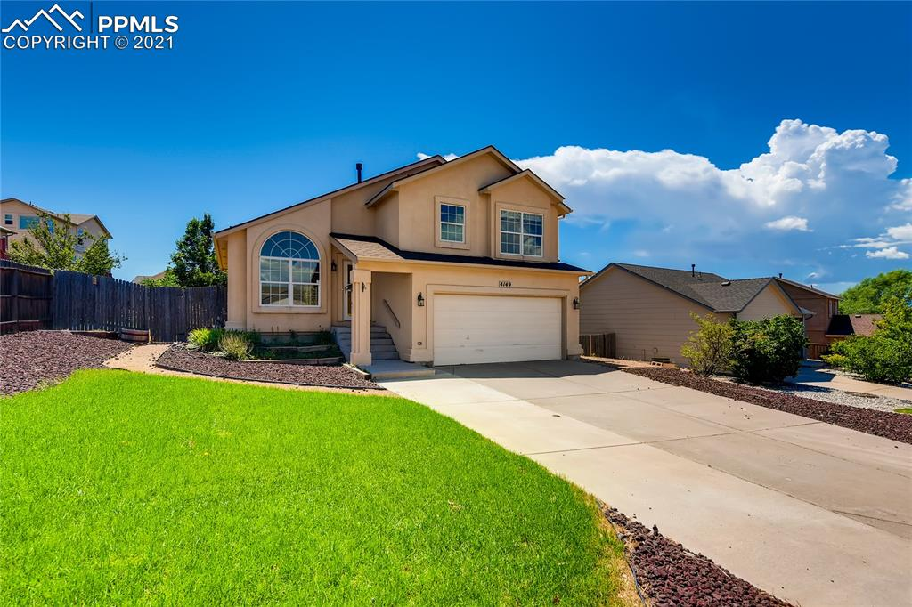 Move-in ready Pronghorn Meadows home with great updates! Step through the front door and relish the light and bright interior accented by vaulted ceilings, new carpet, new luxury plank vinyl flooring, and new paint throughout. Additional updates include a new roof in July 2019; all that's left is for you to put your personal touches on the home! A sunny formal living room leads to the open concept kitchen and dining room, ideally situated for entertaining.