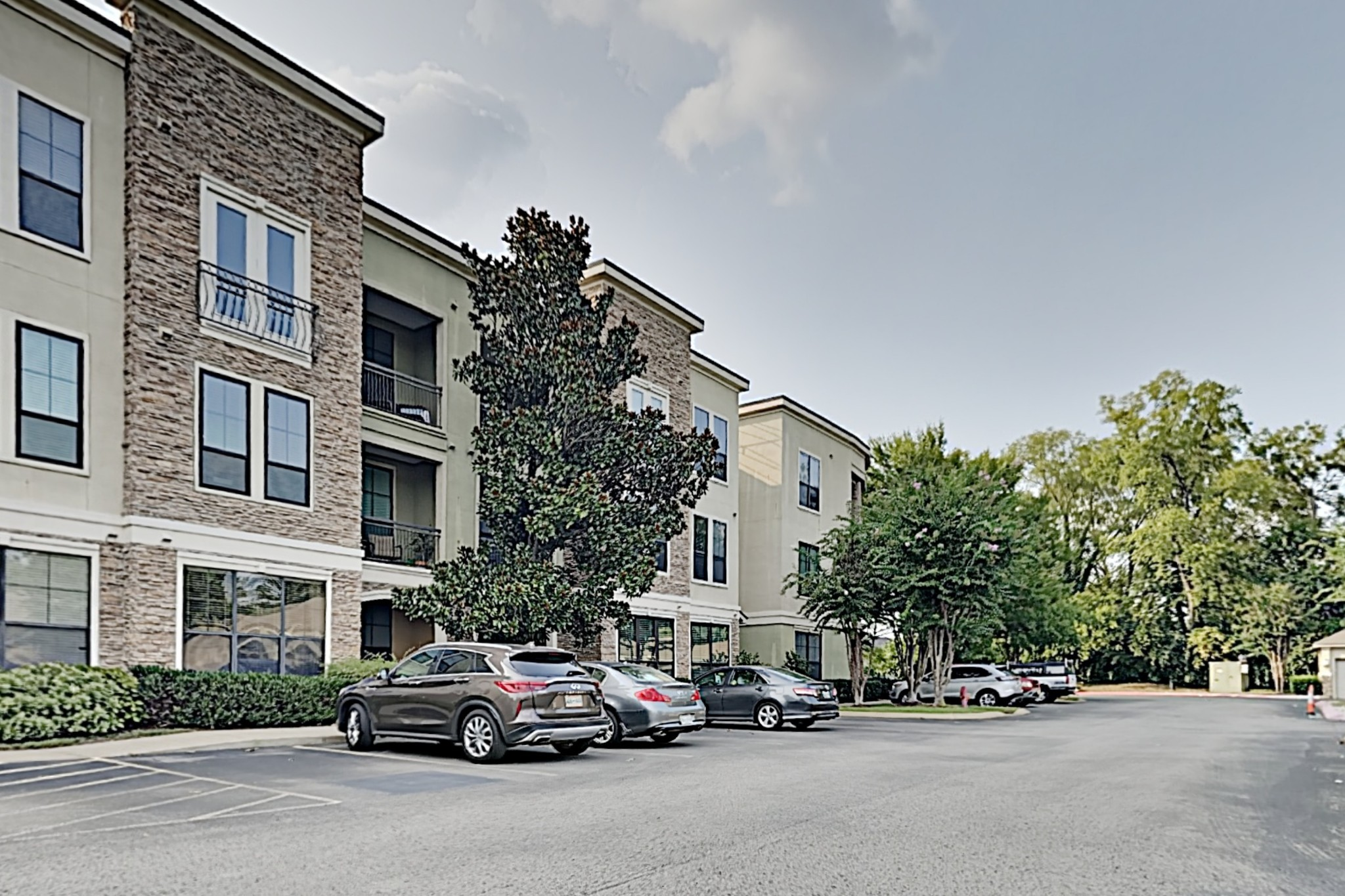 Gorgeous 2 bed, 2 bath condo unit in Enclave community at Hillsboro and I-440! Updates throughout including SS appliances, granite counters & built-in wine cooler in kitchen. Soaring 12-ft ceilings, formal dining/living areas, 6'x5' nook with built-in desk space, & large bedrooms w/ ample closet space! Includes 2 parking passes & 1 garage parking spot. The Enclave amenities include clubhouse, fitness center, community grills, coffee/work areas, private event space. Showings By Appointment Only