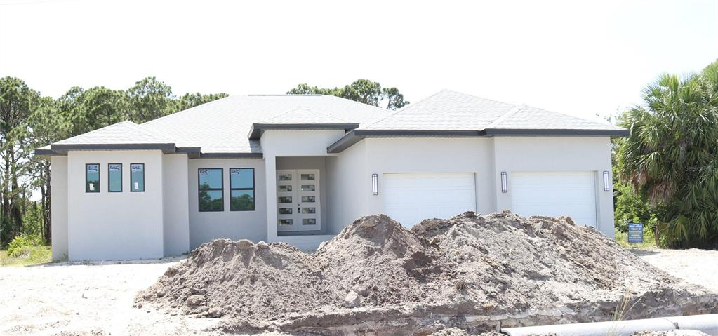 237 West Pine Valley Lane, Rotonda West, FL 33947