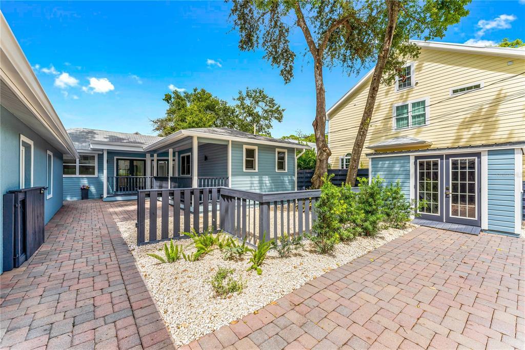 1841 Laurel Street, Sarasota, FL 34236