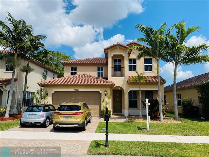 Welcome to Daniela Springs in Coral Springs. This 32 home community was built in 2014. The home has 4 bedrooms and 4 full baths with a loft. 1 bedroom and full bath is downstairs to accommodate guests or in-laws.