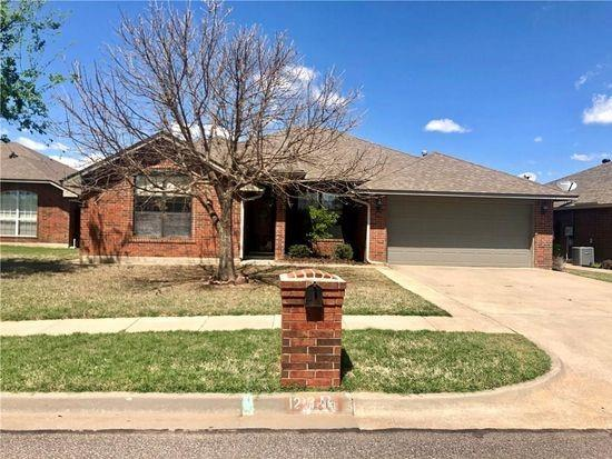 Close to OU and Neighborhood Market! 4 Bedrooms, 3 Bathrooms, living area, study and sun room. Granite countertops in the kitchen, which is open to the living room. Microwave and fridge included. Split bedroom plan with large master bedroom with walk in closet, double sinks and separate shower and tub. Enclosed patio is not counted in Sq. Ft. but is air conditioned.