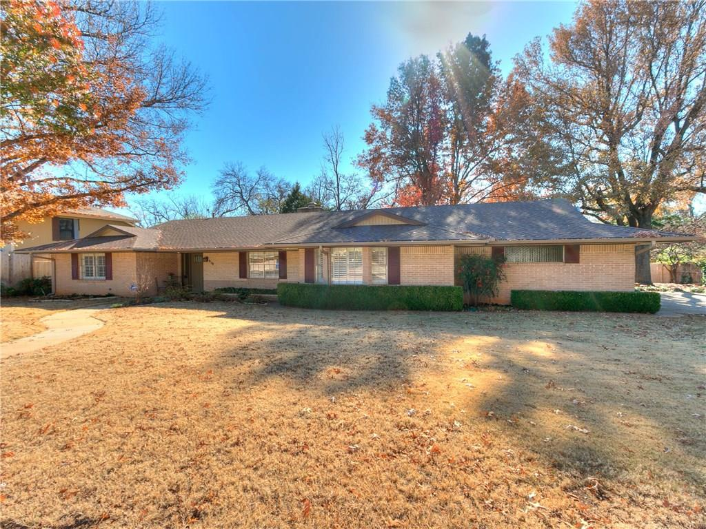 This is a Classic 1960s Ranch home that will be at the top of your list. Completely remodeled in the fall of 2016. Gorgeous updating with granite, 3 Bedrooms, each with its own remodeled Bathroom, new wood floors in the two Living Areas and Formal Dining area, newer Plantation Shutters and newly painted cabinets in the Kitchen. The Kitchen has tons of storage and a beautiful window through which you can view the gorgeous backyard. The view in the Spring is breathtaking with Red Bud trees, Dogwood & Irises.. Summer time promises lazy evenings on the patio or relaxing under the numerous shade trees. It's a large city lot but has a very private feel. Less than a mile from Campus Corner & Owen Field & Easterwood Park & Kiwanis Park are only a few blocks away. Buy with confidence because the Seller is including a 12 month home service contract.