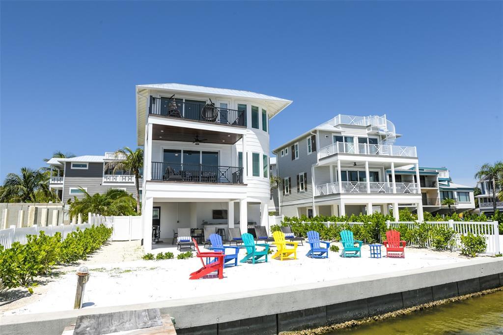 114 11Th Street S, Bradenton Beach, FL 34217