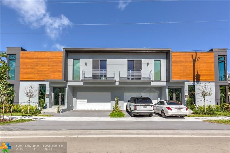 Ready for Occupancy, This 3-bedroom Contemporary townhome residence in the heart of Victoria Park is sure to exceed expectations. Built by a neighborhood award winning developer, you will enjoy the natural sunlight in the open living area with plenty of floor to ceiling windows. Main living area has 10-foot ceilings and 48x48 Italian porcelain flooring. Your kitchen features German imported cabinetry, Cesario quartz counter tops and high-end Jenn Air appliances. Each bathroom is en-suite and each bedroom has balcony access.