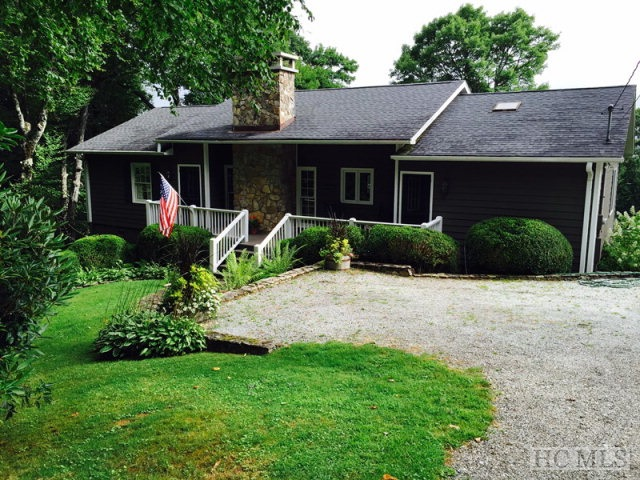 1084 Big Bear Pen Road, Highlands, NC 28741