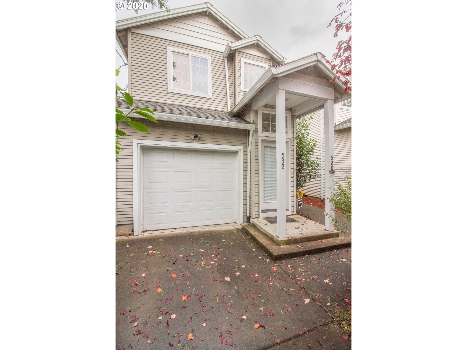 Awesome location in the Montavilla Neighborhood, close to shopping, public transportation, MAX lightrail & 2 miles to Mt Tabor Park! Duplex has upstairs unit and main floor unit-each has it's own separate entrance, kitchen, and bathroom-upstairs is 2 bedroom, main has one bedroom. Attached garage & driveway, with nice trees & landscape. Could to Airbnb, multigenerational family, or rent one or two units! Well kept-good condition!