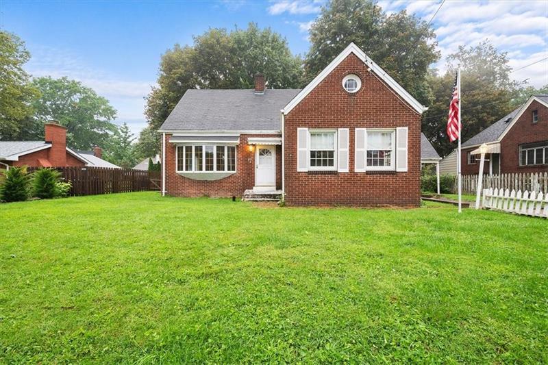 401 Woodside Rd, Forest Hills Boro, PA 15221