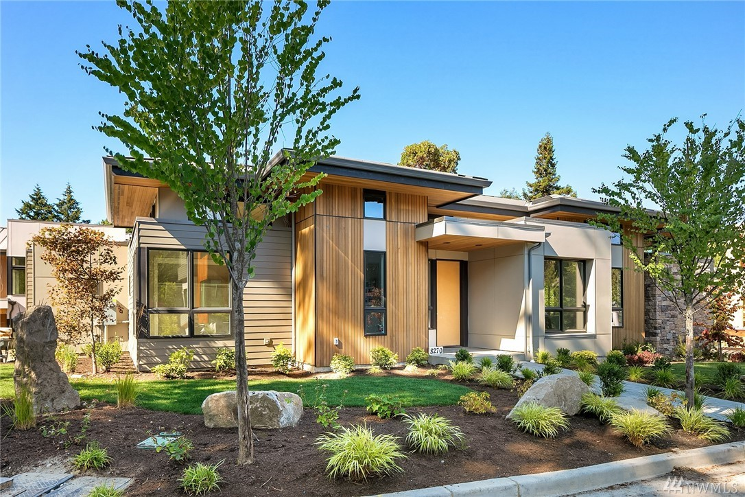 Welcome to Summerwell, Mercer Island's first new neighborhood in almost 30 years! Lot 9: Rare one-story + basement home - rare for new construction! Soaring 10-14' ceilings on main floor, clearstory windows, open concept layout. Master + 2nd bed/office on main, gourmet kitchen w/Miele appliances, Poggenpohl cabinetry + walk-in pantry. Great room w/FP. Entertainment deck. Lower level: 2 guest suites (both ensuite) + rec room, media room + flex room.  Covered outdoor living area w/fireplace.