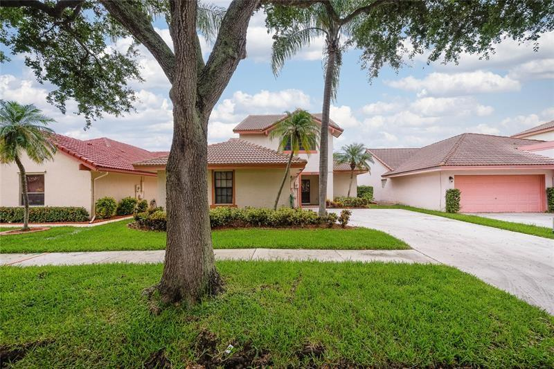 Great Scott!! Incredible rare find** 4 bedrooms** 3 full faths** pool home** large private backyard** wood laminate floors downstairs** newer appliances**