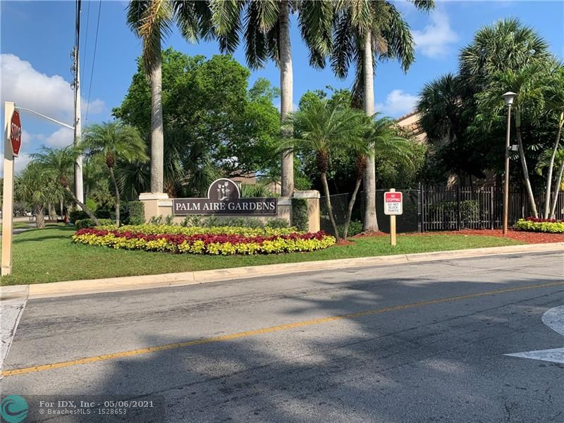 Beautiful Gated Community in Palm Aire, Third Floor 2/2 Vaulted ceilings New Paint and Carpet, W/D in Unit Screened Balcony, Community Pool, Tennis and Fitness Center.