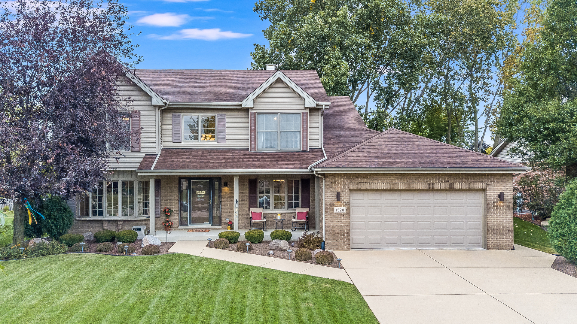 """2,600SF 4 BEDROOM, 3 1/2 BATH 2-STORY IN FARMINGDALE. THERE ARE HOUSES AND THEN THERE ARE HOMES. THIS ONE'S THE HOME FOR YOU! 2-STORY ENTRYWAY LEADS TO SEPARATE LIVING ROOM OR DINING ROOM. COMFORT AND COZY FAMILY ROOM HAS BRICK FIREPLACE & CEILING FAN. CUSTOM KITCHEN HAS 32"""" OAK CABINETS/CORIAN COUNTERTOPS/BREAKFAST BAR & CANNED LIGHTING. ALL BEDROOMS ARE LOCATED UPSTAIRS WITH STANDOUT MASTER BEDROOM FEATURING TRAY CEILING/WALK-IN MASTER CLOSET & PRIVATE BATH W/DUAL VANITY. FINISHED BASEMENT HAS POSS/5TH BEDROOM ALONG WITH FULL BATHROOM. UNIQUE PROPERTY AS THE HOME HAS 7 SEPARATE HVAC ZONES FOR EACH PERSON TO SET THEIR OWN ROOM TEMPERATURE. ADD'L UPDATES INCLUDE NEW ROOF/EDO (2016), HWT (2018), DISHWASHER & MICROWAVE (2020). THE HOME IS PROFESSIONALLY LANDSCAPED WITH IRRIGATION SYSTEM. CUSTOM BRICK PAVER PATIO W/SEAT WALLS/WALKWAY LIGHTING/SHED & FENCED YARD. HOME IS SETUP APP FRIENDLY & RADON REDUCTION SYSTEM IS ALREADY INSTALLED."""