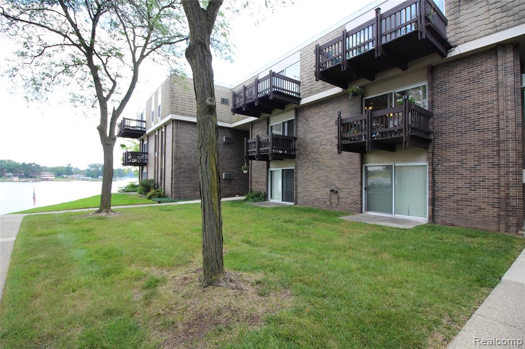 WELCOME HOME TO THIS LAKEFRONT CONDO WITH A DOWNTOWN LIFESTYLE, IT'S THE  BEST OF BOTH WORLDS. SPACIOUS 1 BEDROOM 1 BATH SITUATED IN THE HEART OF BELLEVILLE. WELL MAINTAINED, UPDATED AND ADORABLE. NEWER FLOORING, UPDATED BATH, VERY CLEAN. LOTS OF STORAGE WITH LARGE WALK IN MASTER CLOSET. OPEN FLOOR PLAN. 2ND LEVEL LOCATION OFFERS A GREAT VIEW OF THE LAKE FROM YOUR DECK. BOAT SLIP AND CARPORT ARE INCLUDED FOR USE BY THIS UNIT(NOT TITLED). WATER, HEAT AND EXTERIOR MAINTENANCE HANDLED BY THE ASSOCIATION. ASSIGNED STORAGE UNIT AND LAUNDRY ON SITE. COME AND ENJOY EVERYTHING BELLEVILLE HAS TO OFFER FROM SHOPPING TO RESTAURANTS TO LAKEFRONT ACTIVITIES. YOU WILL LOVE THIS LOCATION AND EVERYTHING THIS CONDO HAS TO OFFER. AGENTS NOTE: OWNER OCCUPIED RESIDENTS ONLY ARE ALLOWED TO USE THE DOCK AND CARPORT PER ASSOCIATION BYLAWS.
