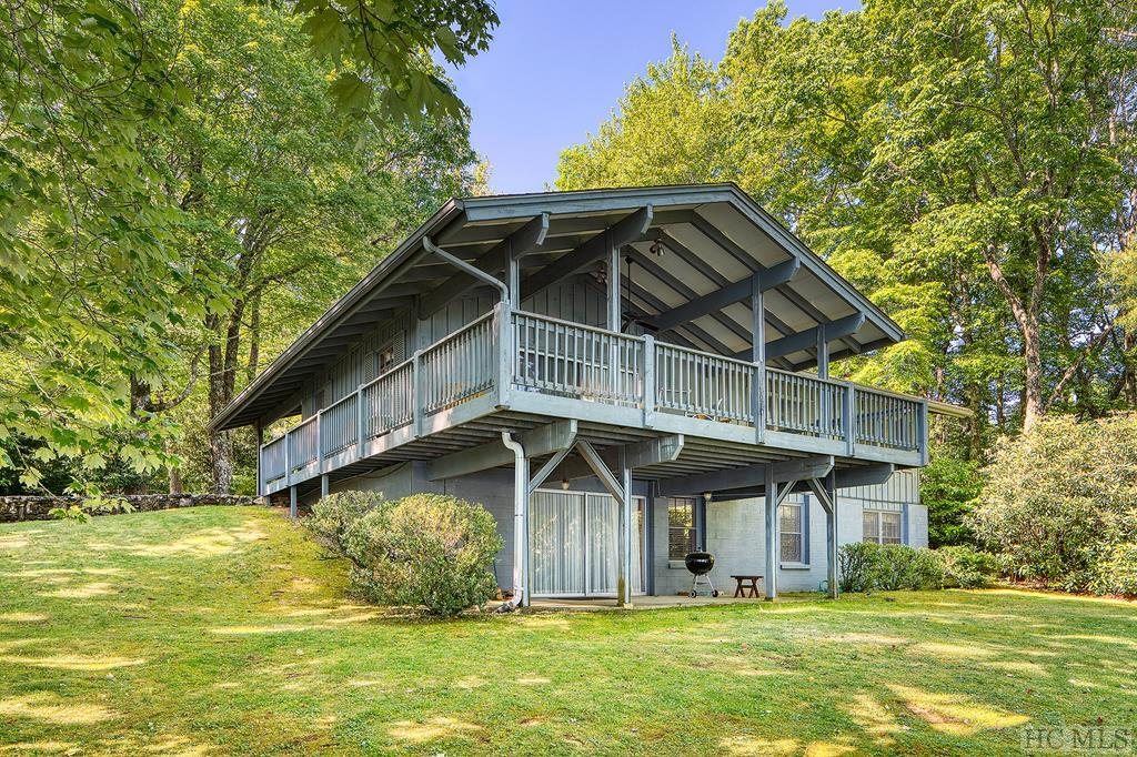 716 North East Shore Drive, Lake Toxaway, NC 28747