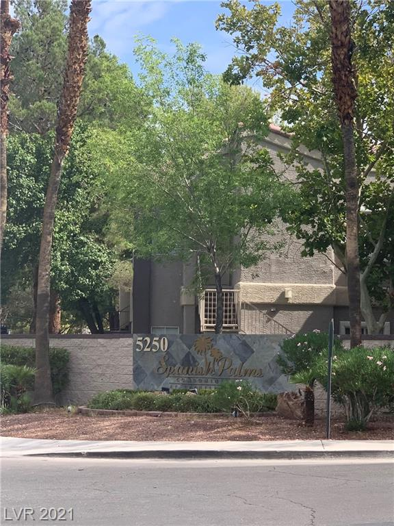 Guard gated community, community pool and community spa, club house, beautiful 3 bedrooms & 2 baths, 2-car garage attached that has direct entry into the home. Laminated flooring throughout. Good size bedroom and bathroom. This is the property you don't want to miss.