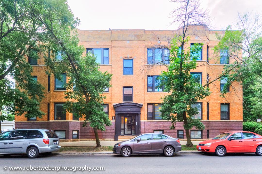 1353 W Bryn Mawr Avenue, Chicago, IL 60660