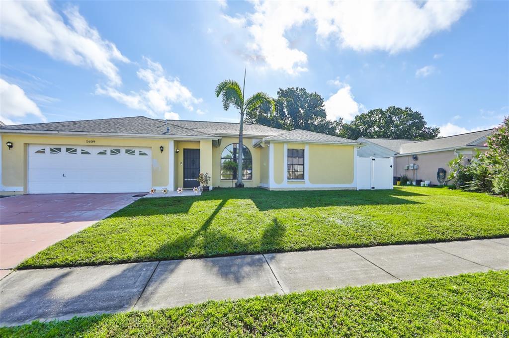 5609 21St Street Court E, Bradenton, FL 34203