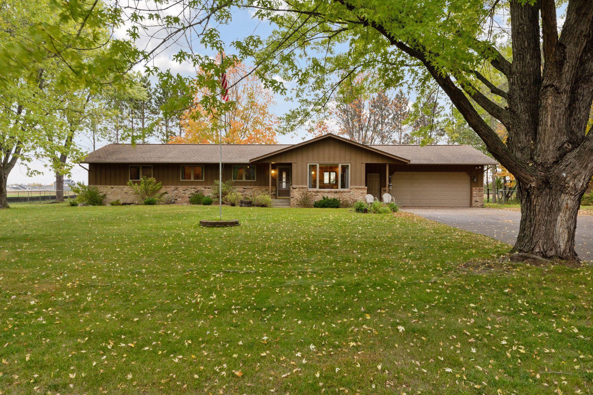 13740 N Diamond Lake Road, Dayton, MN 55327