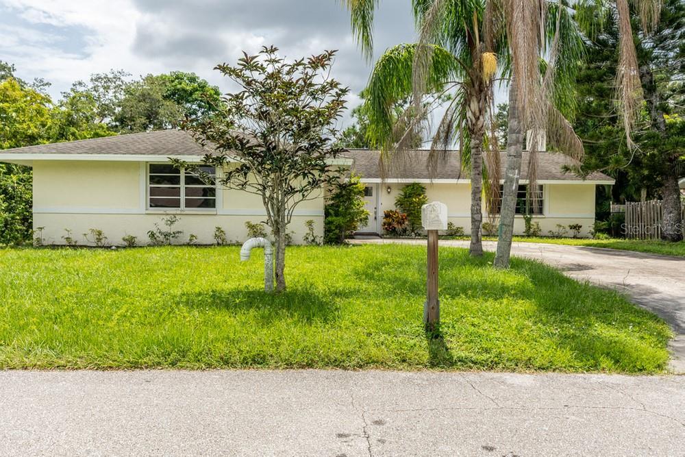 2144 Oak Terrace, Sarasota, FL 34231