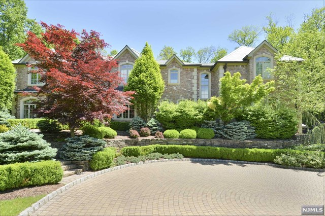 Hilltop Manor, Saddle River, NJ 07458