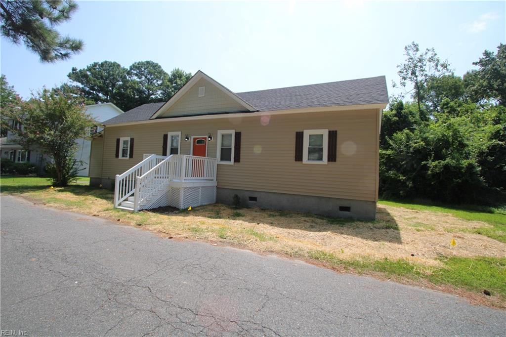 This stunning home is in historic Port Norfolk area. When you enter this home, you're greeted by an open foyer bar area with high ceilings. This 4 bedroom 2 bath home has brand new kitchen cabinets with granite counter tops, stainless steel appliances, all new flooring throughout entire home, and  master bedroom features stand up shower with high ceiling and bluetooth lighting. Don't miss out on this gem with New HVAC ,light fixtures and foyer under the cabinet lighting. Convenient location in vicinity of school, interstate, and shipyard.