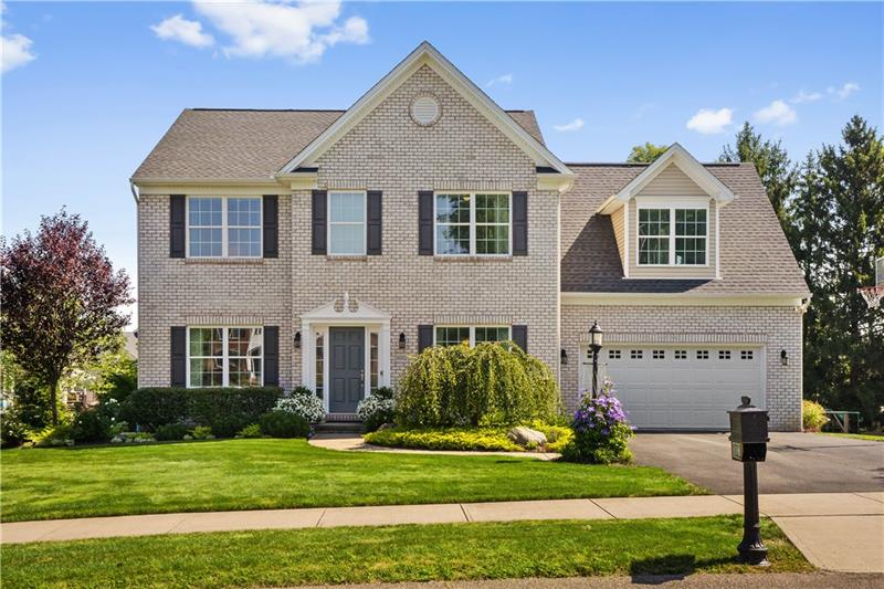1002 Autumn Woods Dr., Moon/Crescent Twp, PA 15108