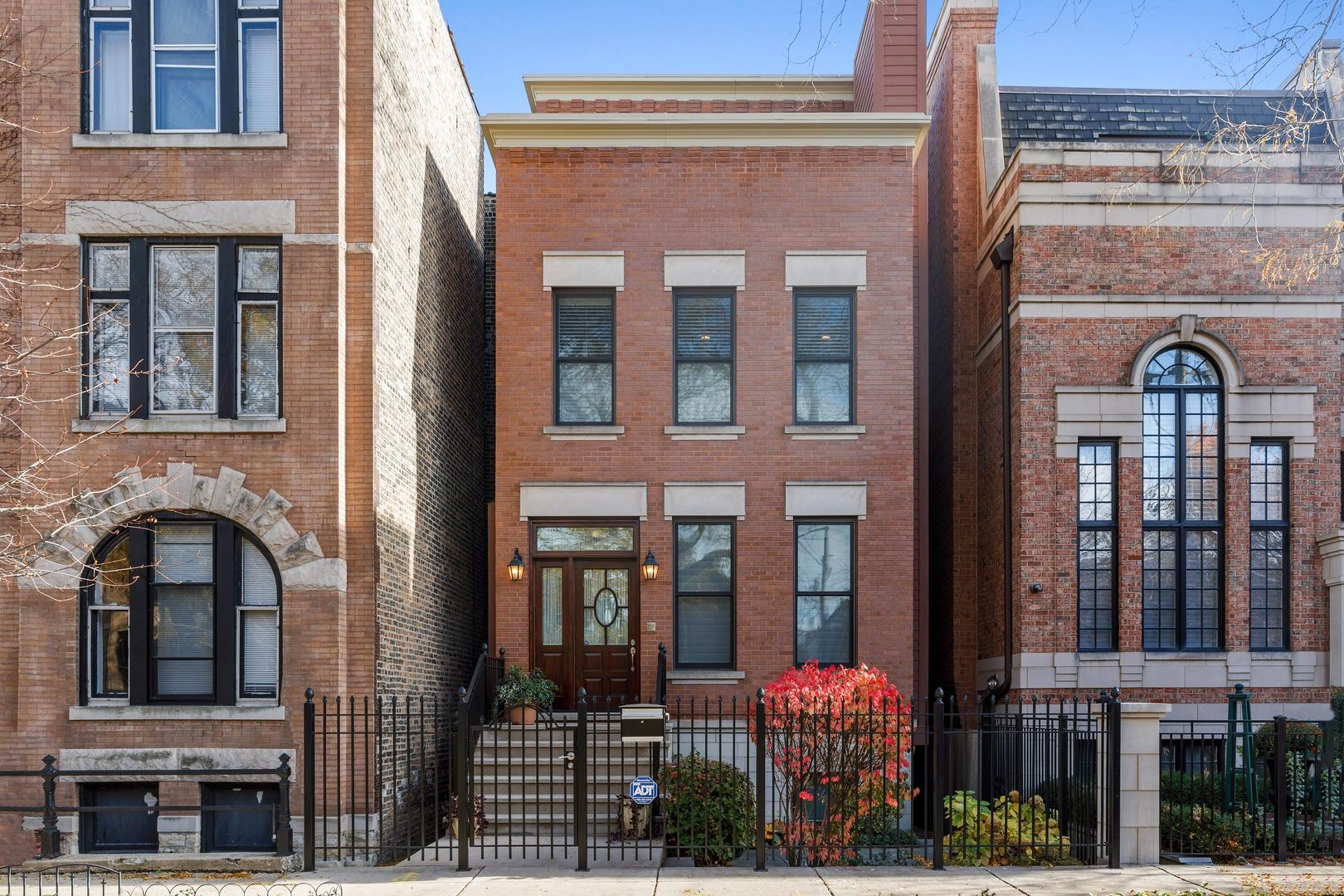 1815 N Fremont Street, Chicago, IL 60614