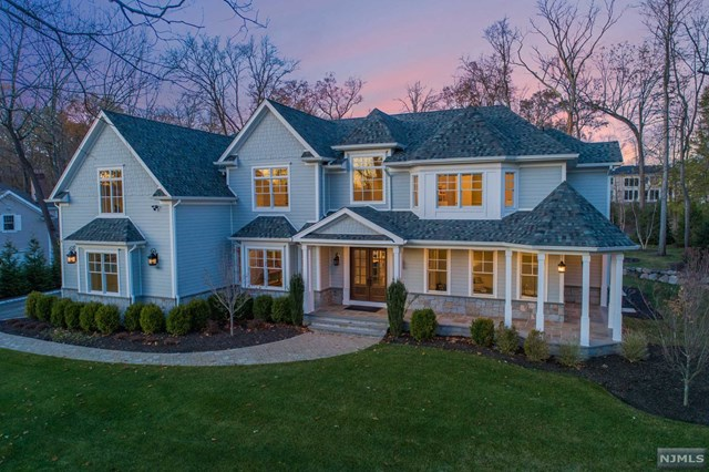 63 Rolling Ridge Road, Upper Saddle River, NJ 07458