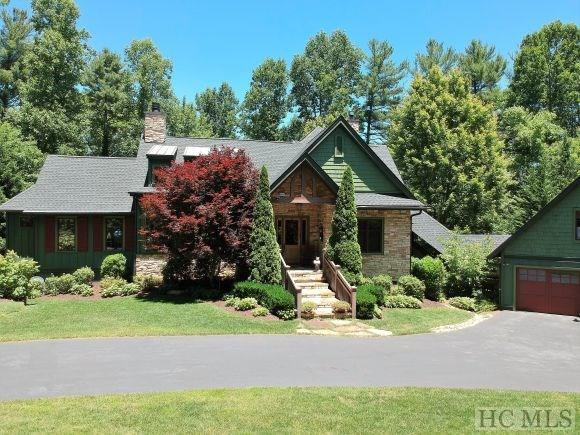 1109 Links Dr, Cashiers, NC 28717
