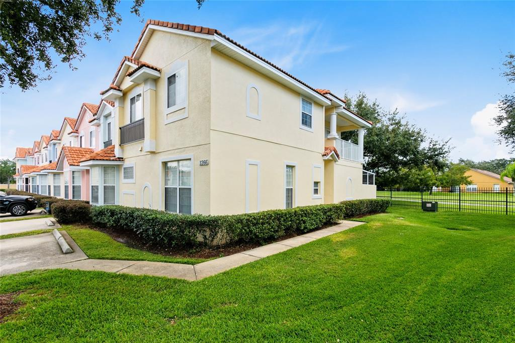 Coveted end unit in the sought after vacation community of Fiesta Key.