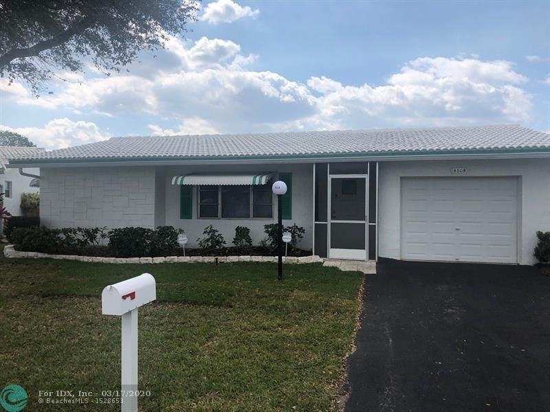 THIS HOME IS LOCATED ON THE LARGEST LAKE WITH A FULL VIEW OF THE LAKE!! QUIET PRIVATE STREET.  2 BEDROOM 2 BATH WITH 1-CAR GARAGE. HOUSE WAS EXTENDED BY THE BUILDER TO ADD AN EXTRA 285 SQUARE FEET FACING THE LAKE.  NEW ROOF JUST COMPLETED,UPDATED A/C & HOT WATER HEATER.  ASSOC. SAYS 55+