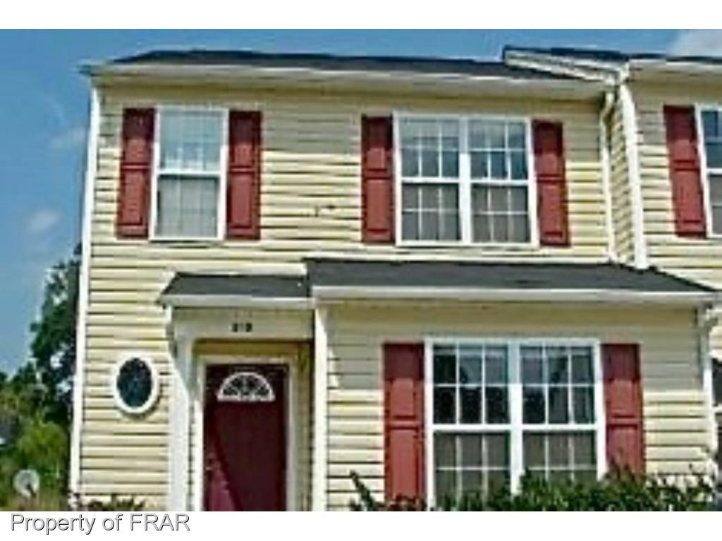 3 bedrooms with their own private bathrooms & a half bath for guests. Kitchen & dining area are open to the living room with access to the back patio. You can't beat this price for all these amenities! Lawn maintenance is tenant's responsibility.