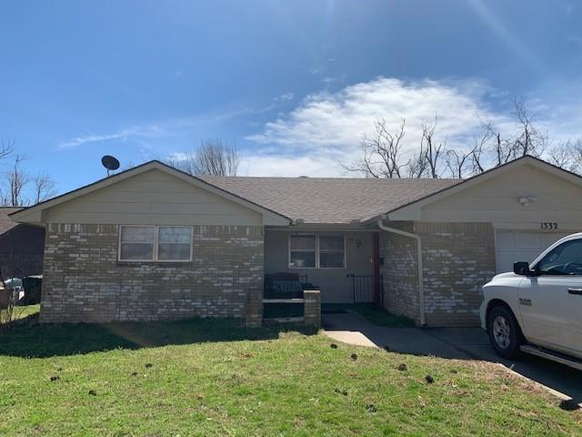 ***INVESTORS PARADISE*** **HOME IS BEING SOLD AS-IS and will only go conventional or all cash** 3 bed, 2 bath home that is minutes away for OU campus.  This would be a great prospect for a future rental property.