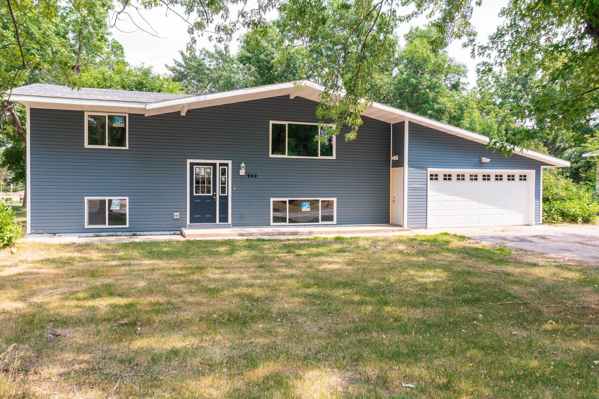 Come check out this amazing fully redone home on a large corner lot. This home offers 4 bedrooms 2 bathrooms with a cozy 4 season sun room. Convenient location right next to shopping and parks.