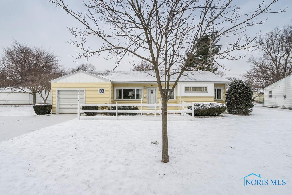 This Ranch home has been wonderfully maintained and is spotlessly clean. Newer windows, roof & furnace, new washer & dryer. Hardwood floors under carpet in living & dining rooms. Nicely landscaped double lot with private fenced-in backyard.