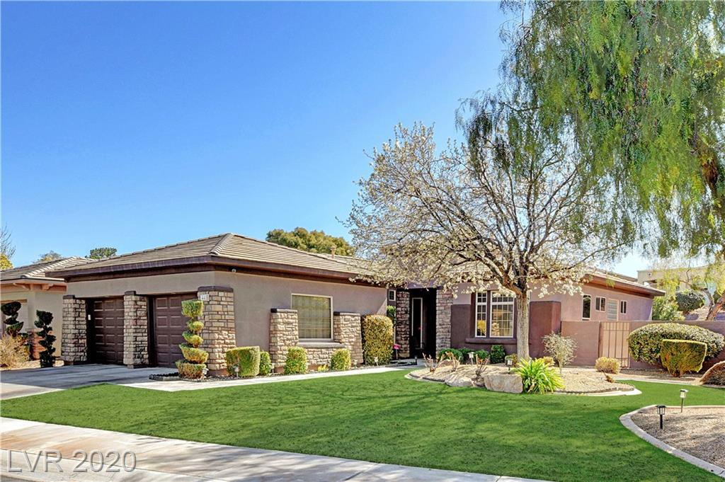 This Beauty is awaiting a new owner.  POOL/SPA & 3 BEDROOMS.  This lawn is recently performed earation is set for a beautiful Spring time Best Real Green Grass Lawn in the neighborhood Home.  This is what your lawn will look like Soon!!!