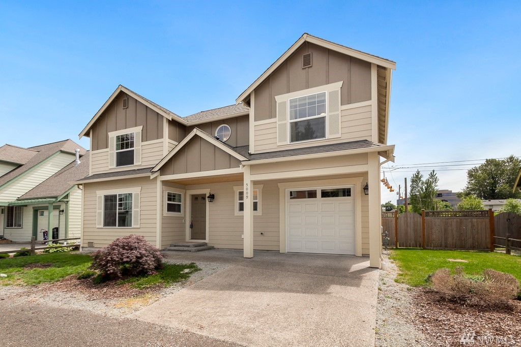 Two story home built in 2017 short walk away from Tukwila's Community Center. House features 3 bedrooms, 2.5 baths. Hardwood floors on the main level, large living room w/ gas fireplace. Dining room w/ slider to the backyard. Spacious kitchen w/ granite counters, cherry colored cabinets, stainless steel appliances, gas range, walk in pantry next to the garage. Upper level has office/den area, big master bedroom w/ four piece master bathroom w/ his and hers sinks, granite counters, walk in closet