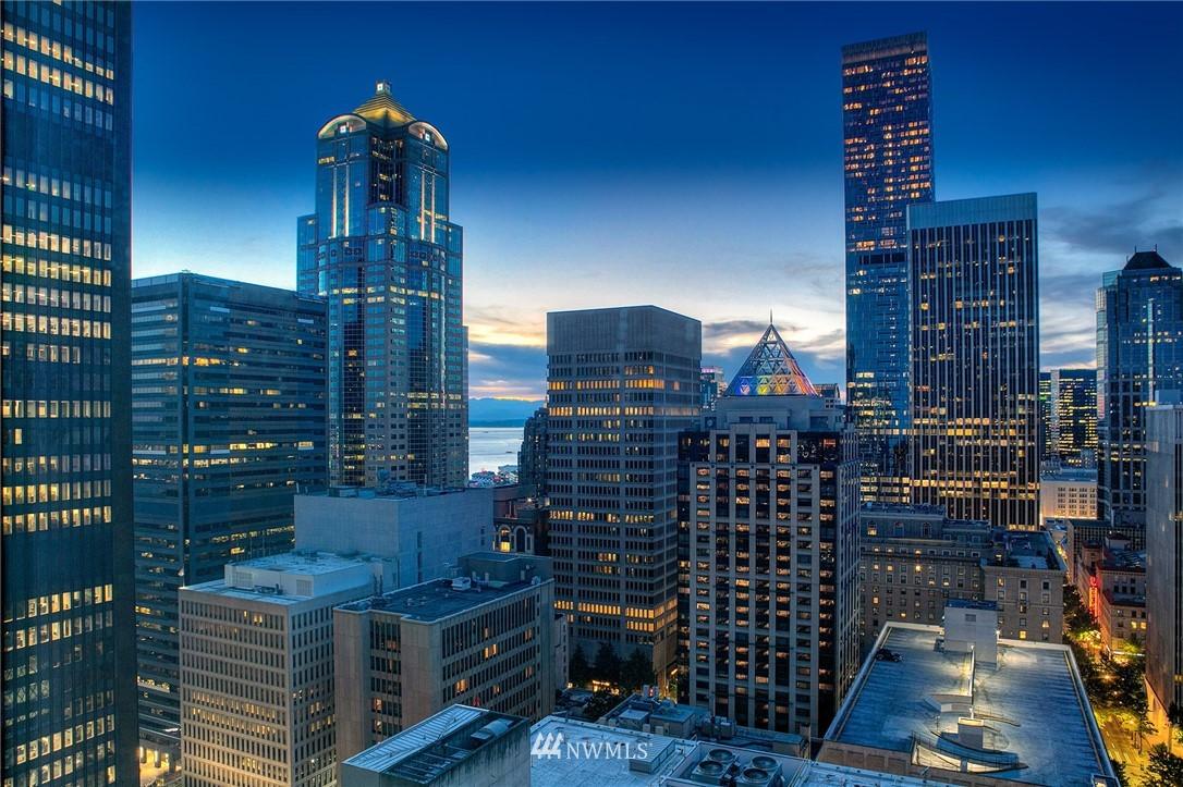 909 5th Avenue 2203, Seattle, WA 98164